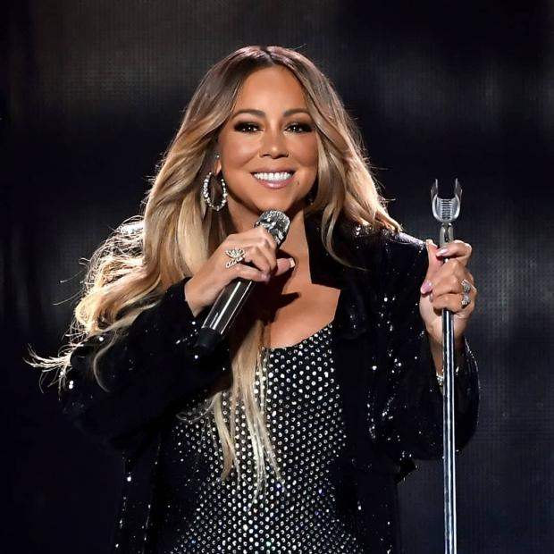 Мэрайя Кэри и ее хиты на 225 млн.долл.