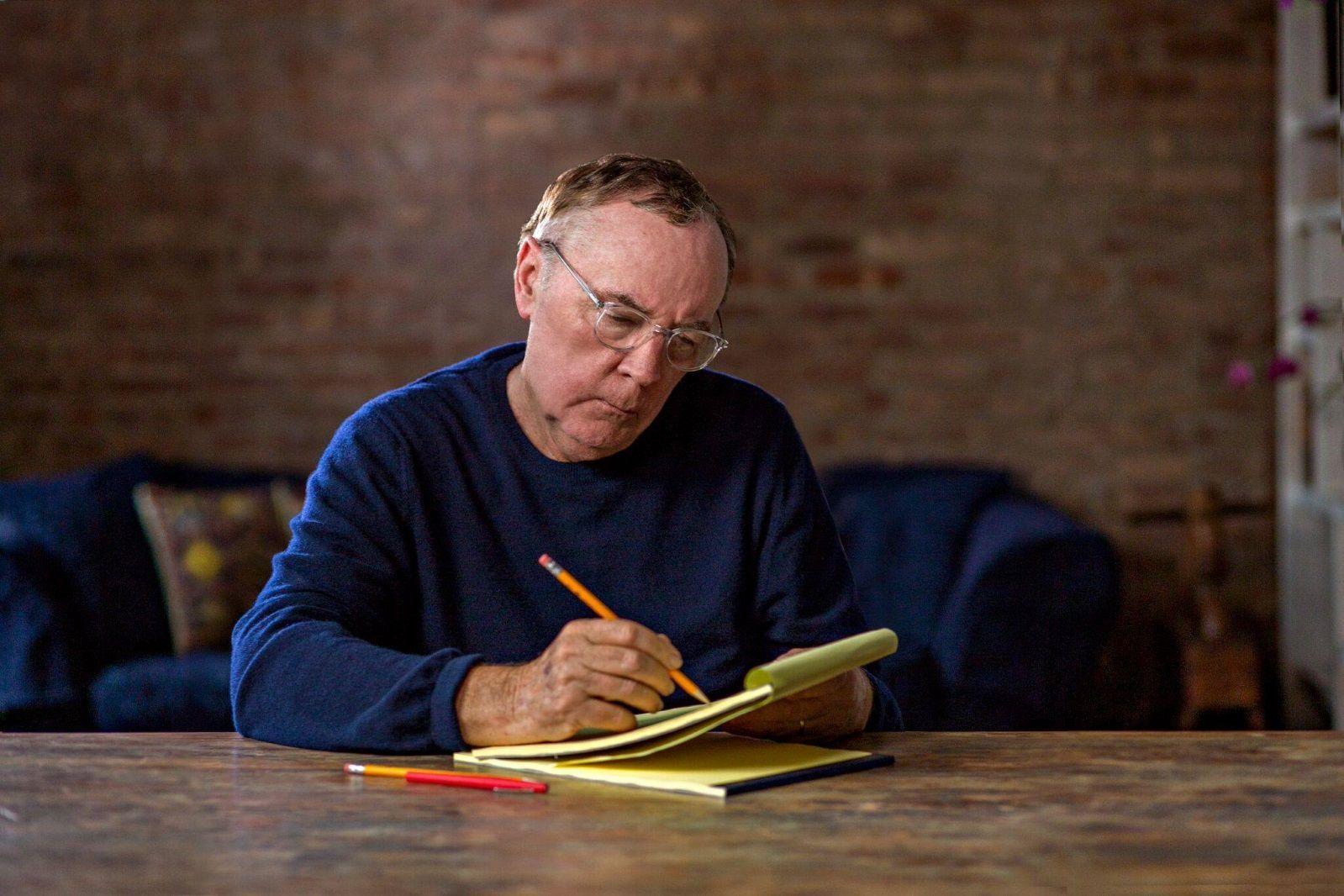 Джеймс Паттерсон и его детективы самые любимые читателем